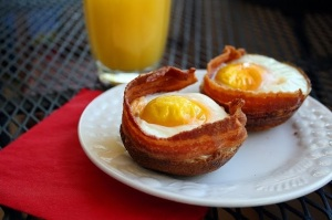 Bacon-Egg-Toast-Cups