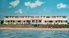 I loved this hotel on Lake Superior. You could hear the oar boats at night, off in the distance.