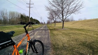 A short, but new stretch of trail discovered.
