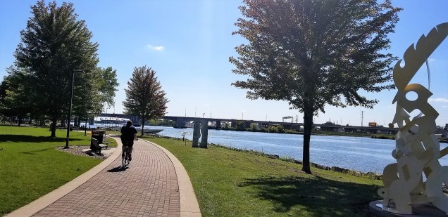 The Fox River and cobblestone section of the trail.